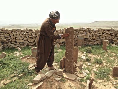 Il Cimitero di Dilka e la tomba di Sheykh Aḥmad (immagine MAIKI)