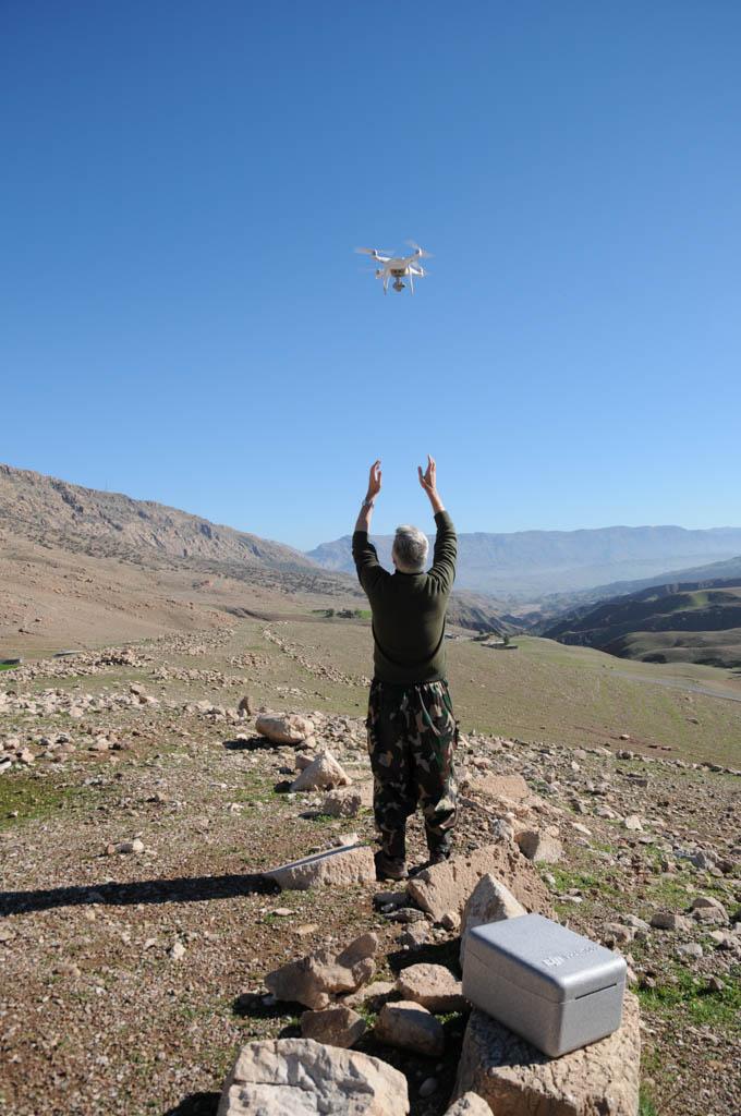 Drone atterraggio (Copyright MAIKI)